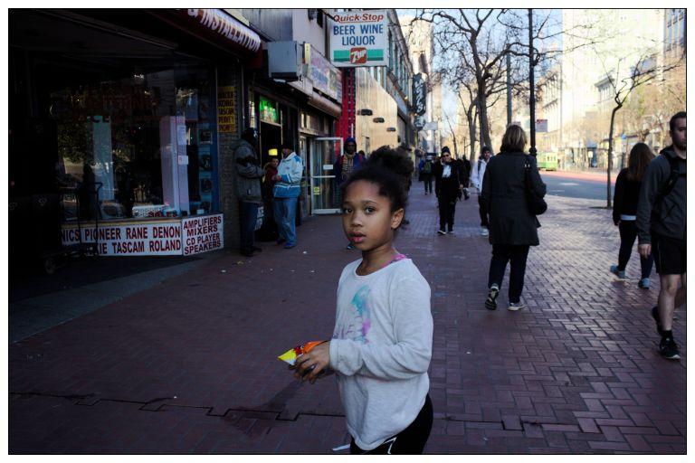 girl2-market2